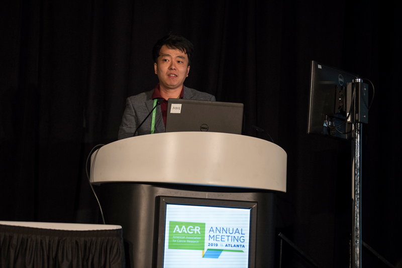 Hyungseok Seo, Ph.D., of La Jolla Institute, discusses CAR T cells in solid cancers at AACR19