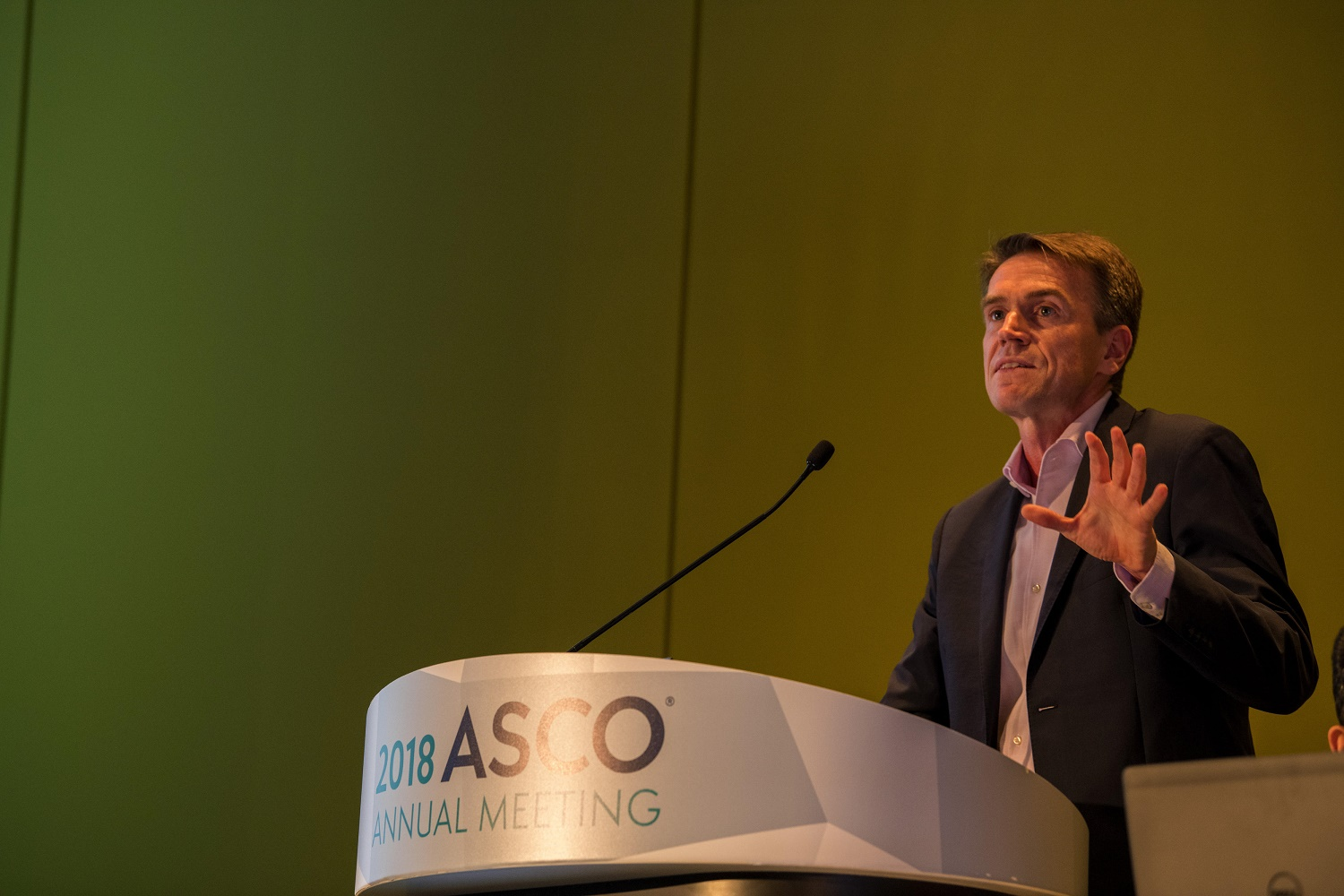 Wolfgang Wick speaking at ASCO18